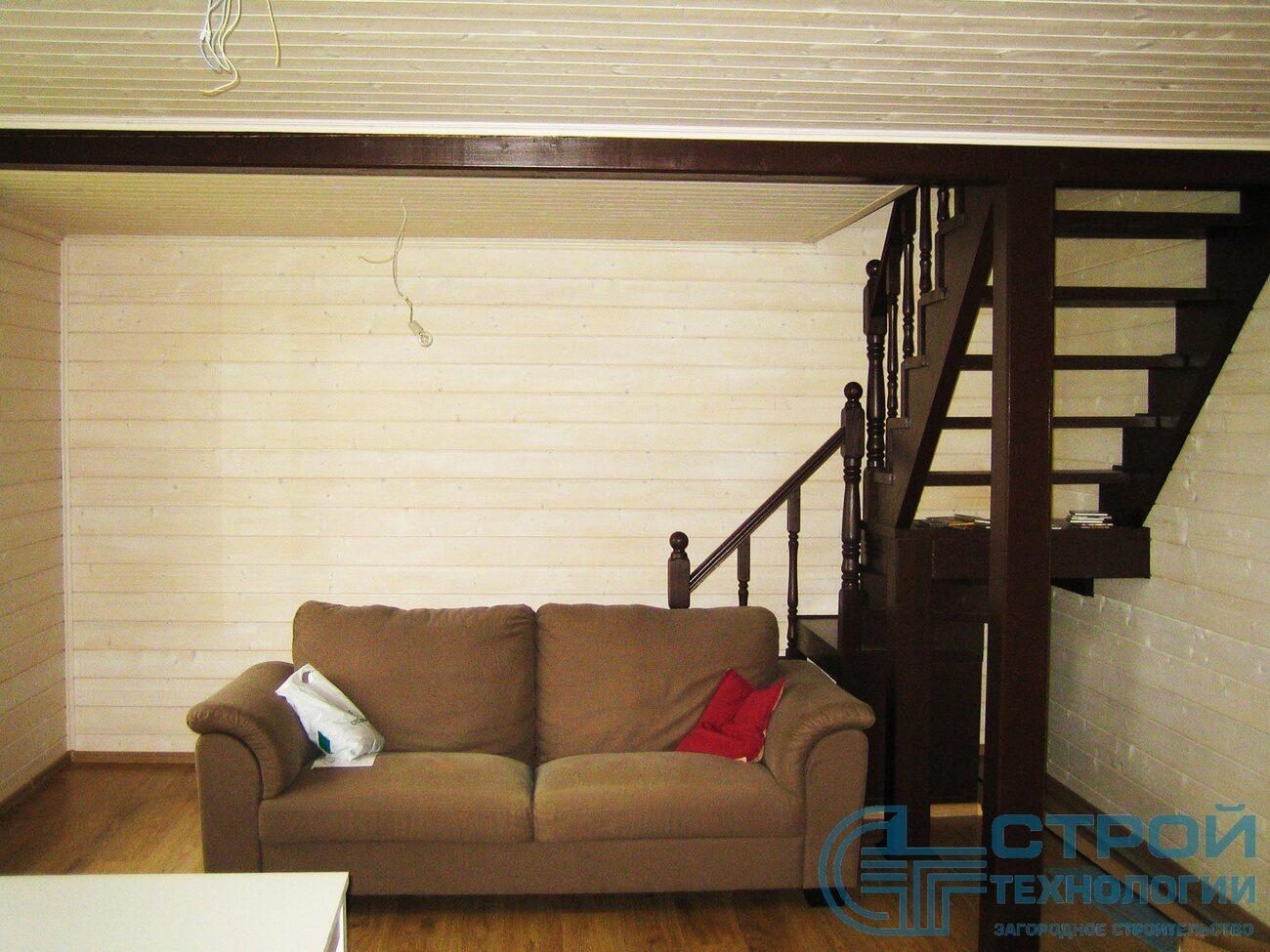 Деревянные лестницы на второй этаж - Ступени и Лестницы